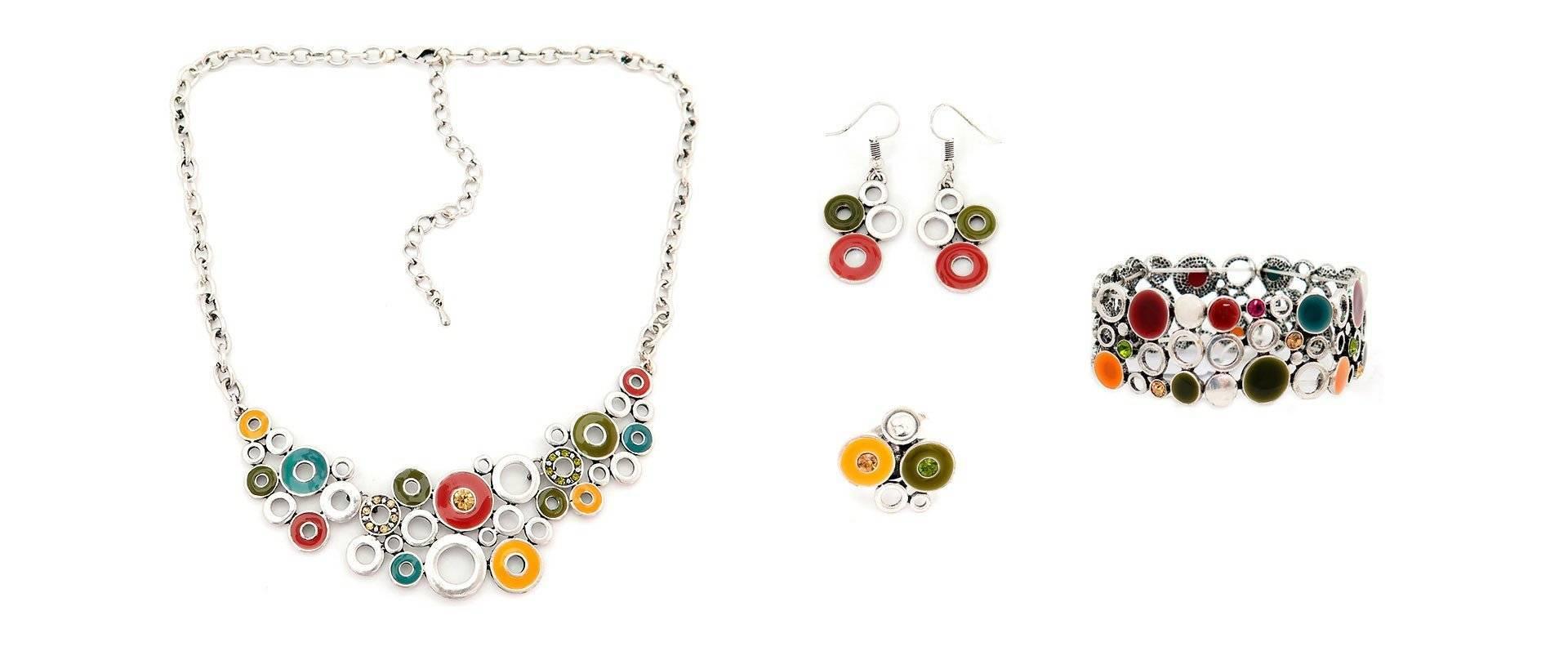 Conjunto multi silver compuesto por anillo pendientes, pulsera y collar, de tropic-art